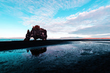 Hv?tserkur Reflection On The Sea