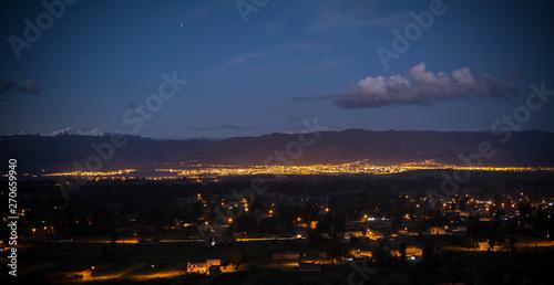 Panoramica valle de noche Canvas Print