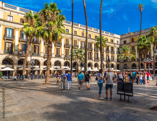 Tuinposter Barcelona BARCELONA, SPAIN - September 24, 2016: Barcelona is the capital and largest city of Catalonia, Spain. Barcelona is a transport hub, with the Port of Barcelona being the busiest European passenger port
