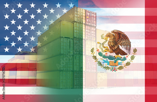 Fotografía  The American and Mexico flags imposed over containers representing trade between the two countries