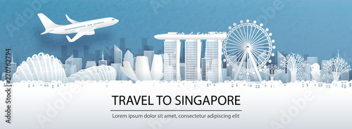 Photo  Travel advertising with travel to Singapore concept with panorama view of Singapore city skyline and world famous landmarks in paper cut style vector illustration