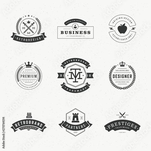 Fototapeta Retro vintage labels or logos set vector design elements obraz na płótnie