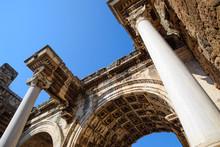 Hadrian's Gate, Antalya Landma...