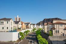 青空と住宅地 Japan's Residential Area, Suburbs Of Tokyo