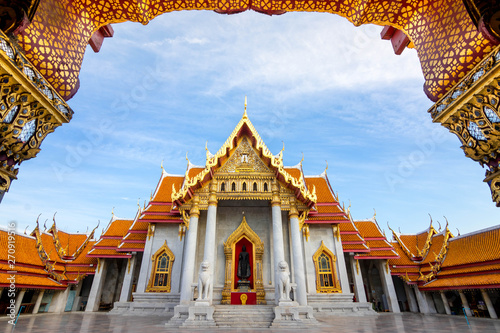 The Marble Temple , Wat Benchamabophit Dusitvanaram in Bangkok, Thailand Canvas Print
