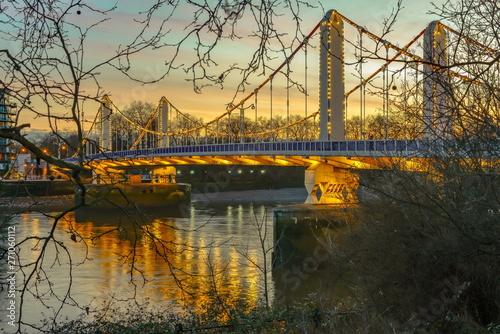 London at dawn Fototapeta