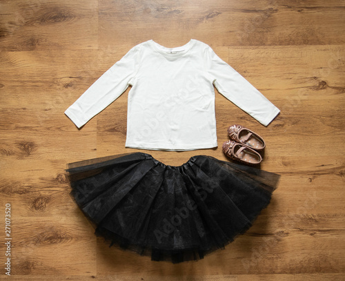 Obraz na plátně White blank toddler long sleeve tshirt with black tutu and ballet pumps mockup -