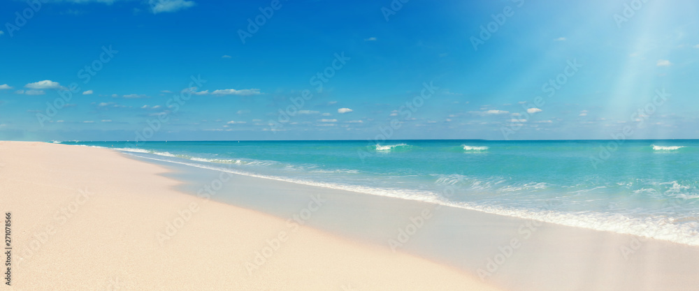 Fototapety, obrazy: Tropical beach and sunshine. Travel summer holiday background