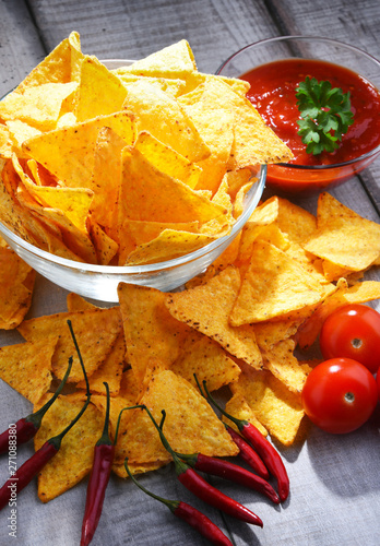 Poster Pays d Asie Composition with bowl of potato chips.