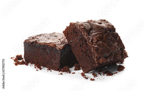 Canvastavla Pieces of fresh brownie on white background