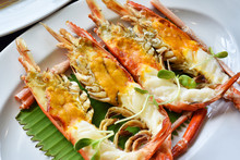 Grilled River Prawn With Head Oil Butter, Fresh Water Giant Prawn Roasted, Famous Mouthwatering Dishes For Traditionally Thai Food.