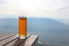 Beer On Mountain View. Table
