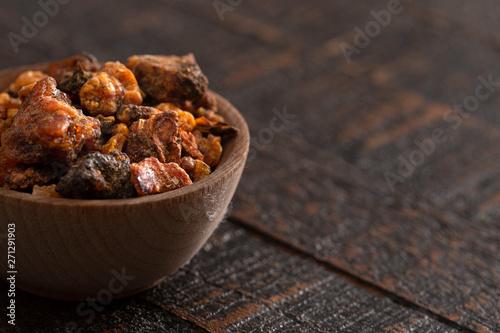 Obraz na płótnie Sweet Myrrh Opoponax on a Distressed Wood table