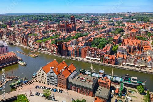 Obraz Widok z lotu ptaka, stare miasto w Gdańsku - fototapety do salonu
