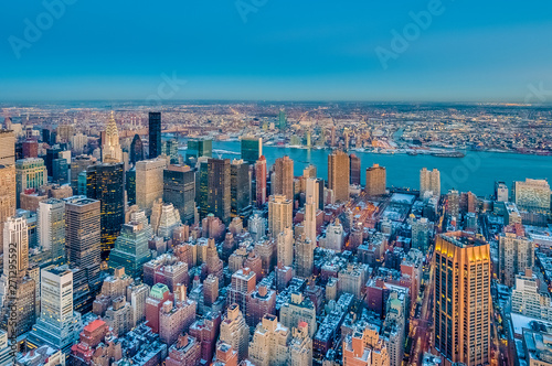 Foto  Dusk in Midtown, New York, United States.