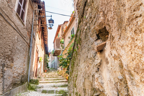 Fototapeten Schmale Gasse Medieval town of Artena, Lazio, Italy