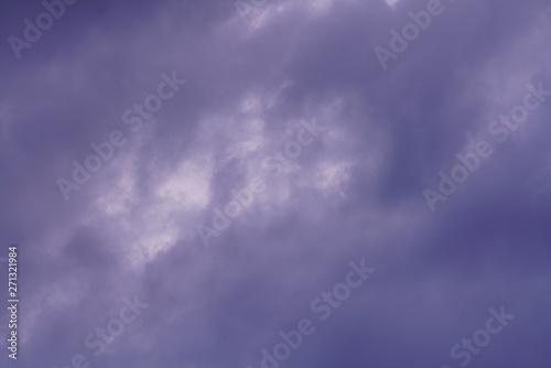 Türaufkleber Darknightsky Wolken Himmel abends mit Magenta
