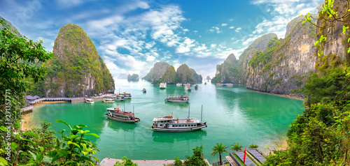 Poster Rivière de la forêt Beautiful landscape Halong Bay view from adove the Bo Hon Island. Halong Bay is the UNESCO World Heritage Site, it is a beautiful natural wonder in northern Vietnam