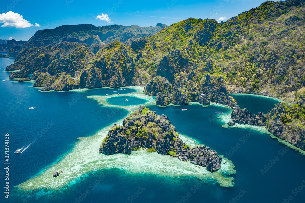 Fototapety, obrazy: Aerial view of beautiful lagoons and limestone cliffs of Coron, Palawan, Philippines