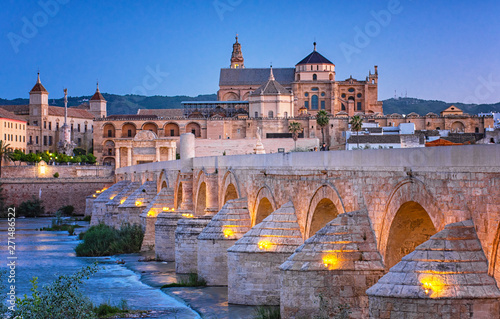 Photo  Roman Bridge and Guadalquivir river, Great Mosque, Cordoba, Spain