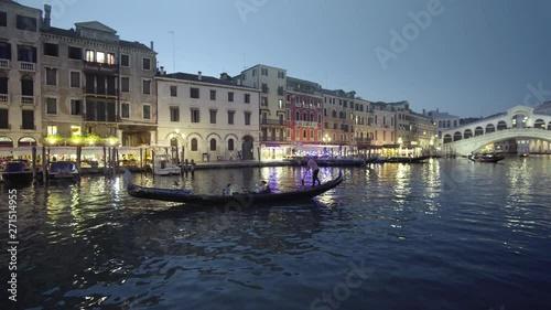 Fotografía  Grand Canal in sunset time from Rialto Bridge, Venice, Italy