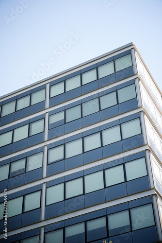 Cadres-photo bureau Batiment Urbain Modern building view