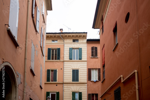 Cuadros en Lienzo day view of Bologna city classic colonnades known as portici characteristic of