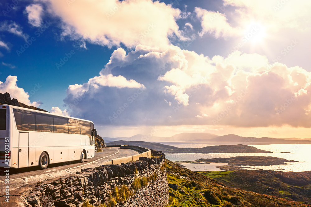 Fototapety, obrazy: Tourist bus traveling
