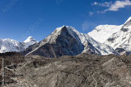 Fényképezés  Island Peak or Imja Tse view on the way to Everest Base Camp in Sagarmatha National Park, Himalayas, Nepal
