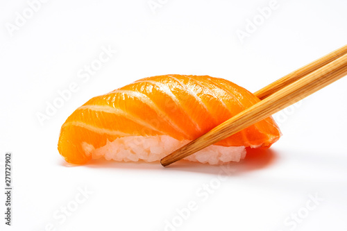 Pinturas sobre lienzo  Sashimi, Salmon, Japanese food chopsticks and wasabi with withe plate isolated