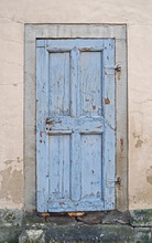 Architecture: Old Blue Wooden ...