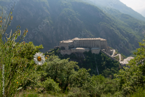 Photo sur Toile Con. Antique fort on the fortress