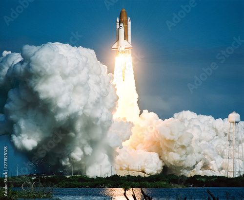 Fotografie, Obraz Rocket takes off into the sky