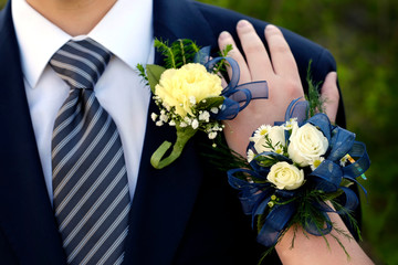 Date Prom Flowers Formal Wear Corsage