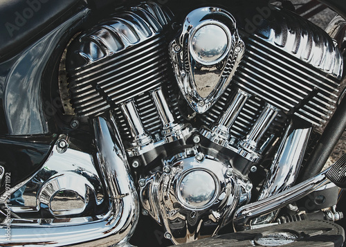 Pinturas sobre lienzo  Closeup of chromed motorcycle engine