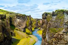 Iceland Canyon Fjaðrárgljúf...