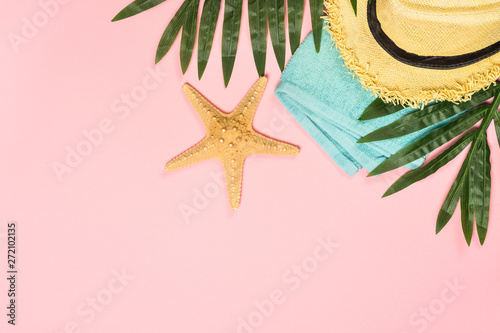 Poster Pays d Europe Summer flat lay background on pink.