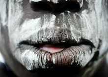 Close Up On A Mursi Tribe Woma...