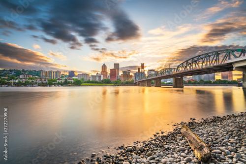 Portland, Oregon, USA skyline at dusk Canvas Print