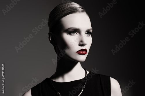 Fototapety, obrazy: red lips on pale face