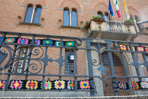 Poster Imagination embroidery on plants and trees market of the absurd castelvetro di modena