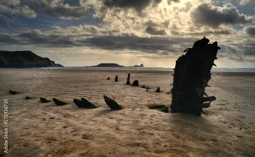 The wreck of the Helvetia at sunset, Rossili Bay Fototapet