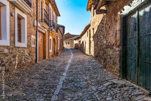 Fotografía  Castrillo de los Polvazares is a village situated in Leon, in North-west of Spain