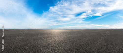 Foto auf AluDibond Grau Empty highway road and sky clouds landscape,panoramic view