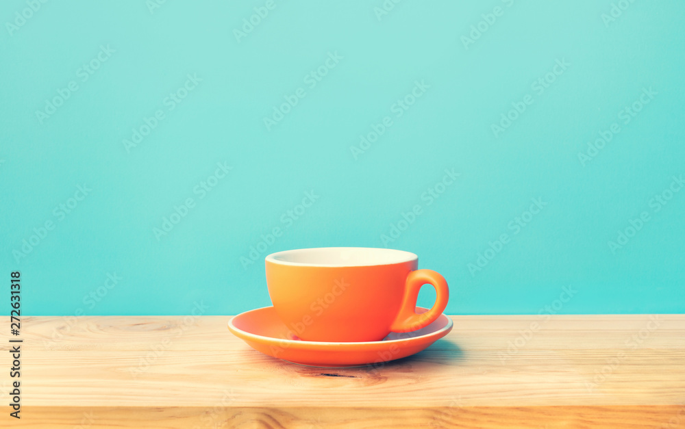 Fototapety, obrazy: Inspiration creativity concepts with a cup of coffee on wood bar table background
