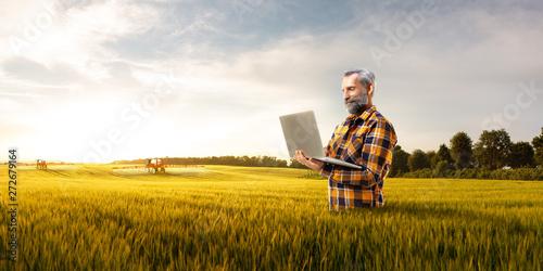 Stampa su Tela Beautiful senior farmer use new technology for agronomy