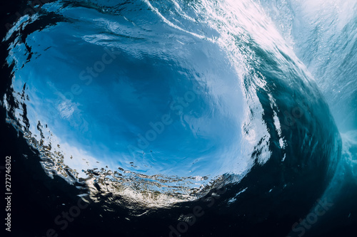 Carta da parati Underwater wave. Barrel wave crashing in ocean.