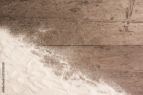 obraz dibond White sand and on planked wood. Summer background with copy space for text. Top view