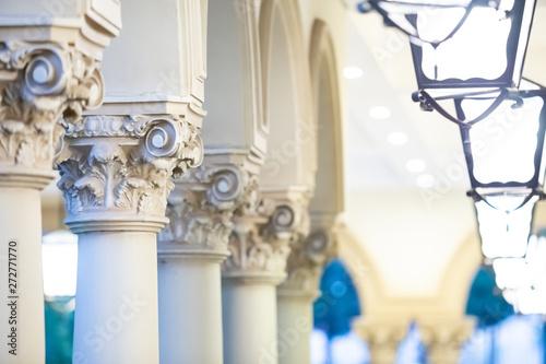 Fényképezés  Architectural columns receding into the distance