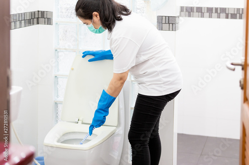 Excellent Asian Woman People In Blue Glove With Medical Mask Cleaning Pabps2019 Chair Design Images Pabps2019Com